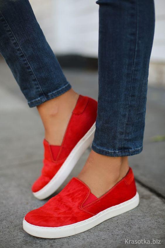красная обувь фото