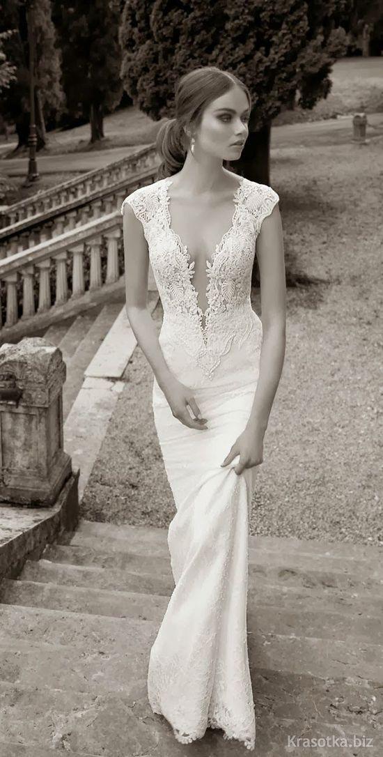 42ed53eab36915e Красивые свадебные платья заставляют будущих невест хорошенько помучаться в  раздумьях: вот это длинное кружевное, то дерзкое короткое или, может, ...